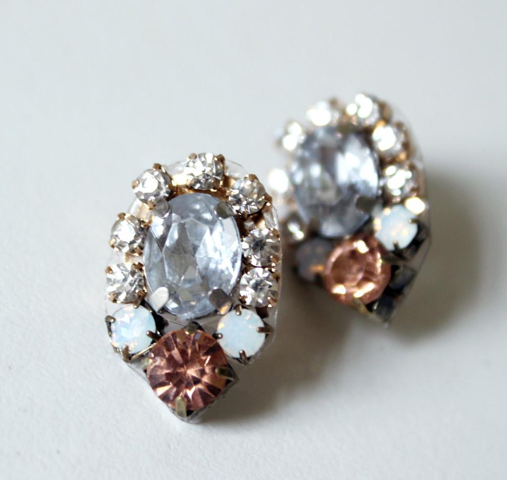 DIY Crystal Cluster Earrings - jamiebhannigan.com