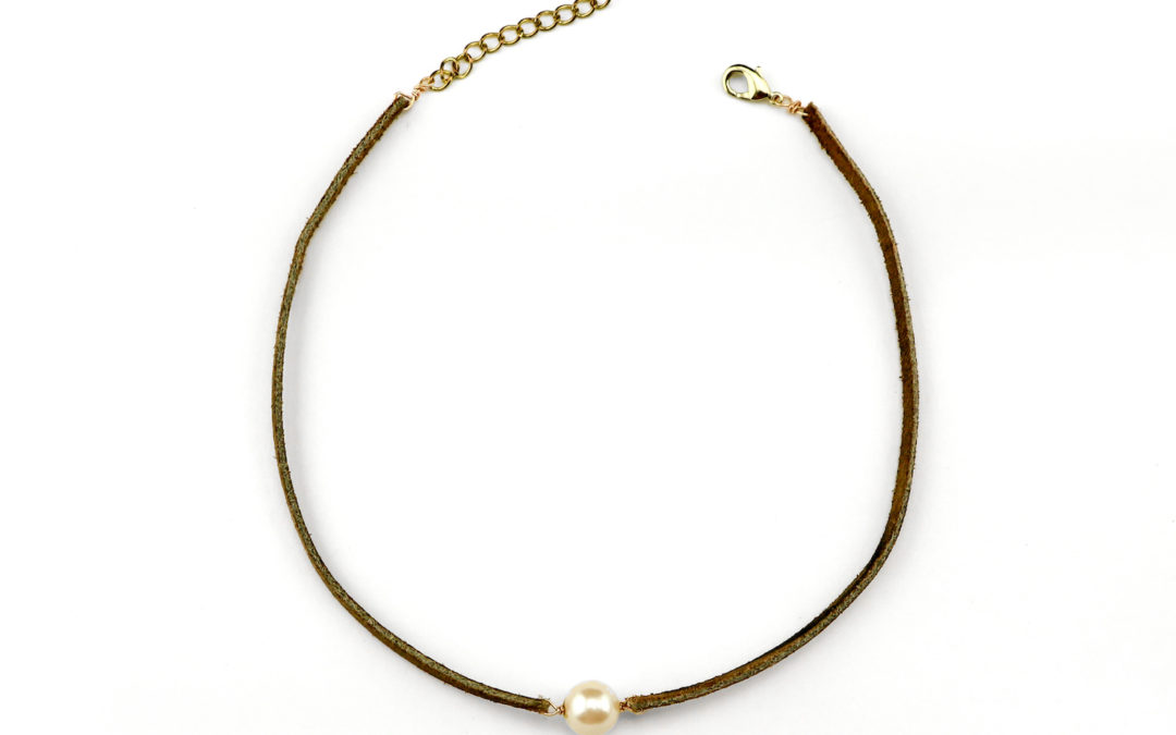 DIY Anthropologie-Inspired Pearl Choker