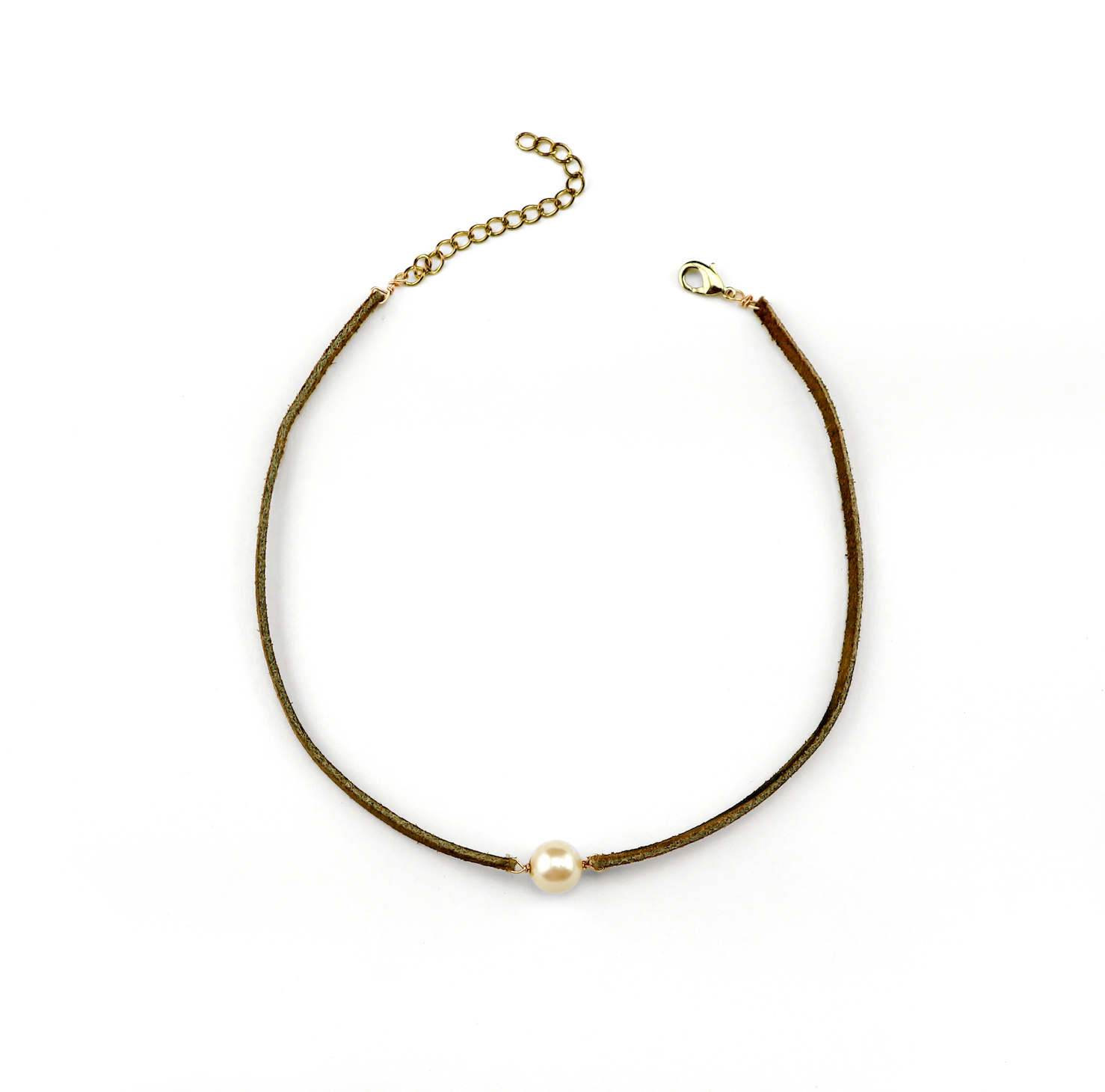 DIY Anthropologie-Inspired Pearl Choker - jamiebhannigan.com