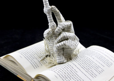 book-sculpture-harry-potter-and-the-deathly-hallows-right-side