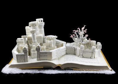 Winterfell Game of Thrones Book Sculpture - With Snow 2