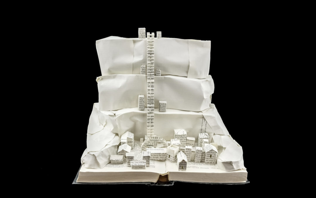 Book Sculpture: The Wall and Castle Black (A Storm of Swords)