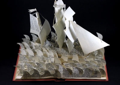 treasure_island_book_sculpture_from_above_r9rfvh